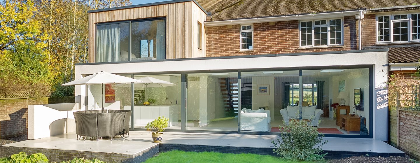 IDSystems Grand Slider II installation showing large panes of glass
